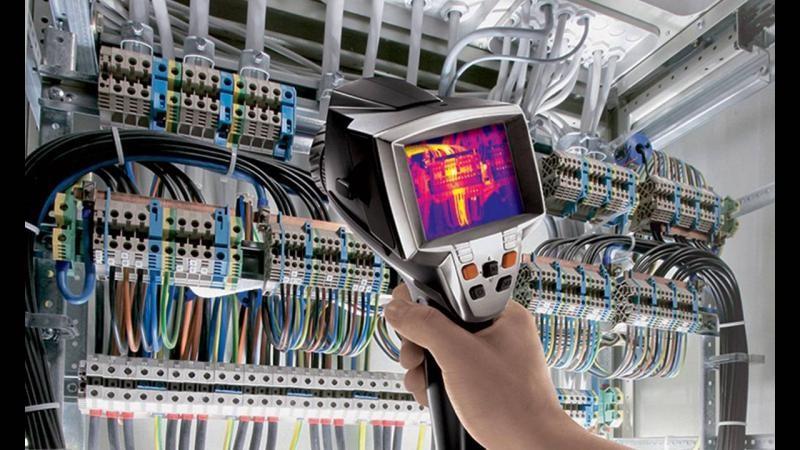 Inspeção termográfica em painéis elétricos